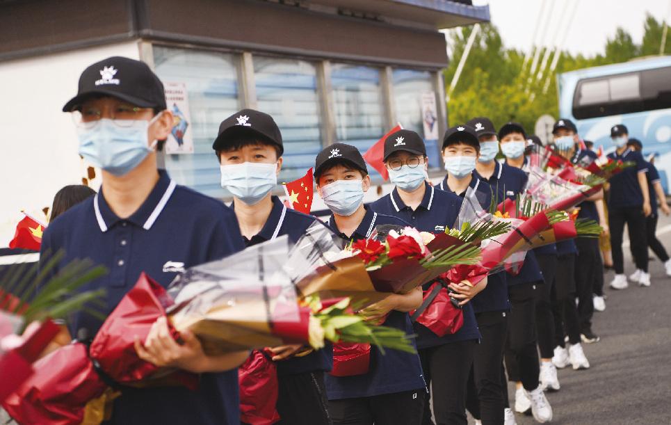 """支援吉林市抗疫的""""長春中醫""""載譽歸來"""